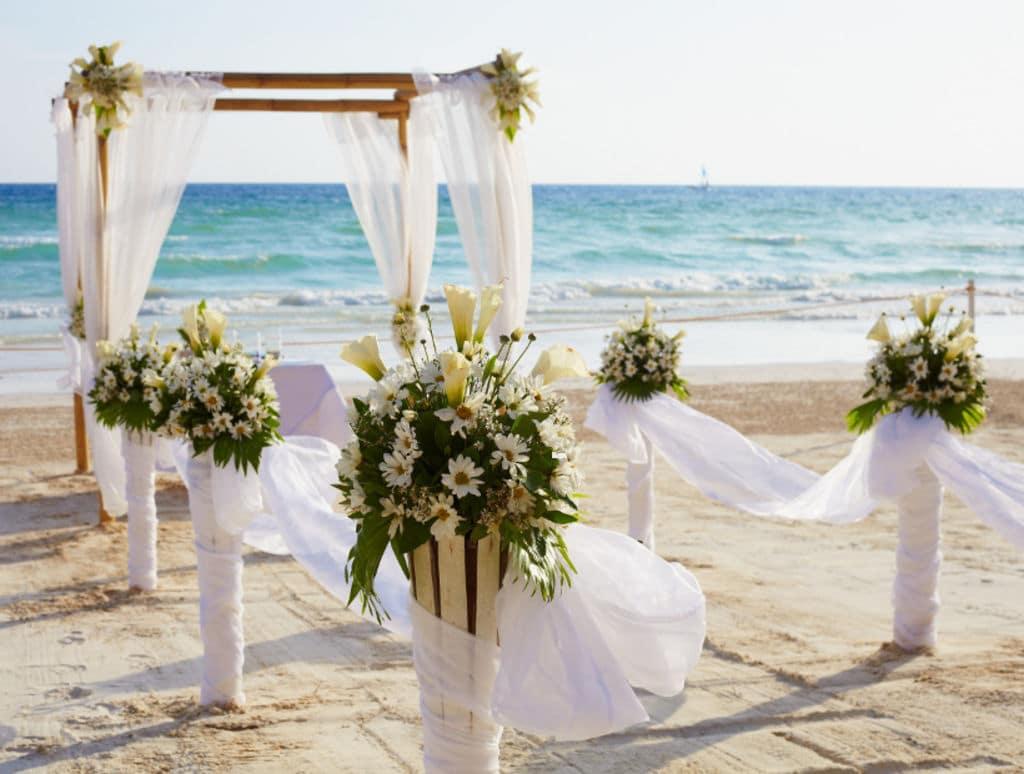 Top 5 des plages pour fêter son mariage dans le département du Var , Jeremy  Swap